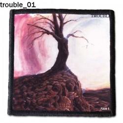Naszywka Trouble 01