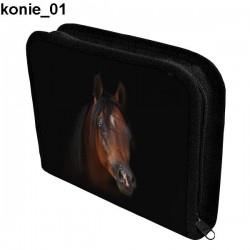 Piórnik 3 Konie 01
