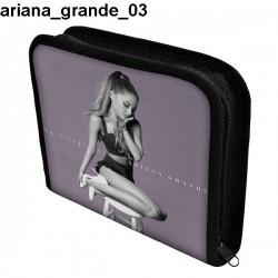 Piórnik 3 Ariana Grande 03
