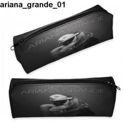 Piórnik Ariana Grande 01